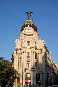 240px-Metropolis_Building_04Aug2008