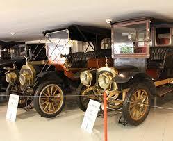 an auto