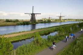 rot windmills