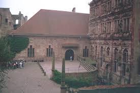 heidel castle courtyard