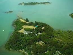 keri aroha island