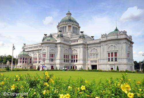 bang ananta-samakhom-throne-hall