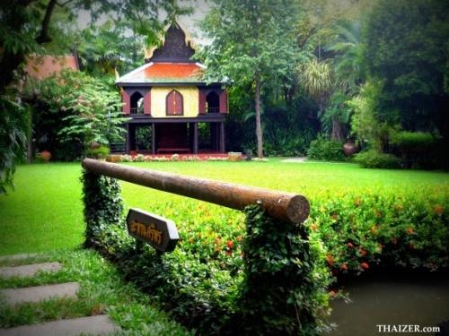 bang SuanPakkadPalace pavilion