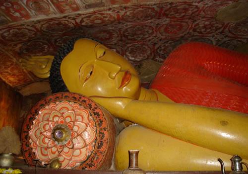 kan reclining buddha
