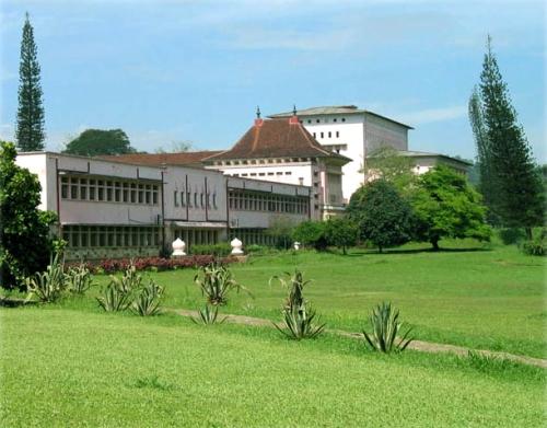 kan university
