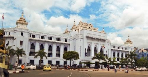 yan Yangon_City_Hall_2