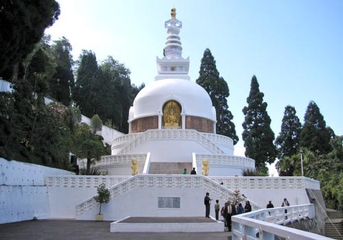 dar peace pagoda