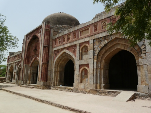 del jamali kamali mosque