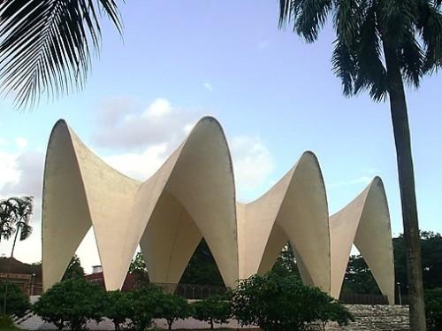 dhaki-shwardi-mausoleum