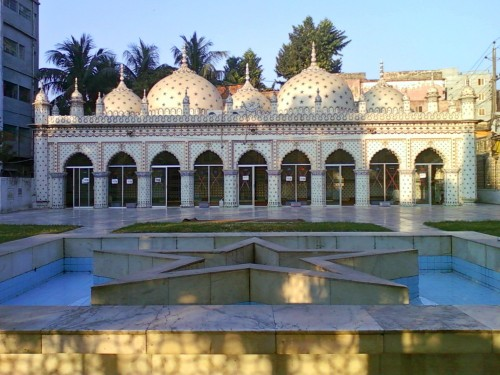dhaki-star-mosque