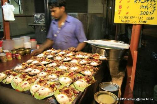 la-lahore-food-street-snacks