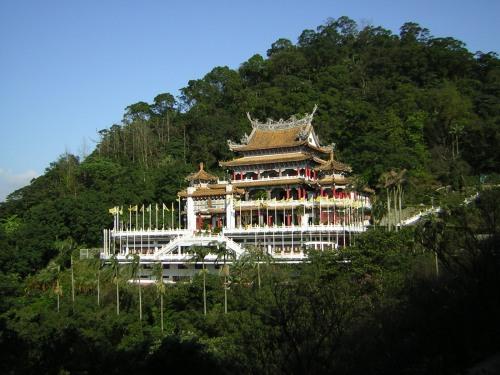 ta-zhinan-temple-2