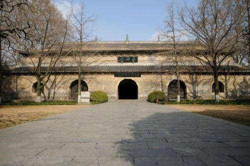 nan-linguu-temple-2