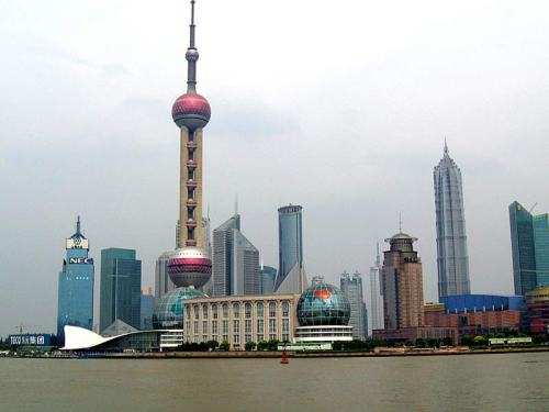 shang-oriental_pearl_tv_tower_1