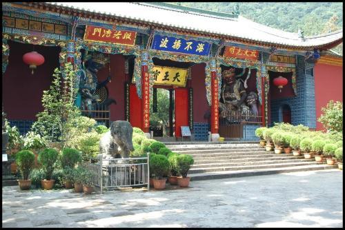 kun-huating-temple-kunming_3059941_l