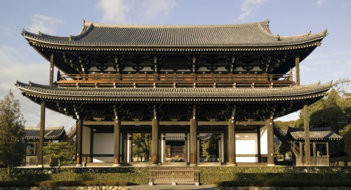 ky-tofukuji-sanmon-m9589