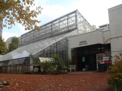 sap-botanic-greenhouse