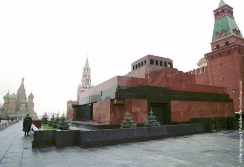 mos-lenins-mausoleum
