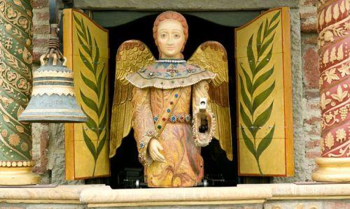 tib-clock-tower-angel