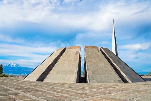 Armenian Genocide Memorial, Tsitsernakaberd, Yerevan, Armenia, Caucasus, Asia
