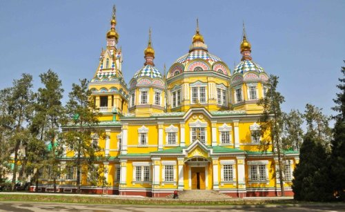 al-zenkov-cathedral-almaty-kazakhstan