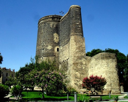 baku-maiden-tower