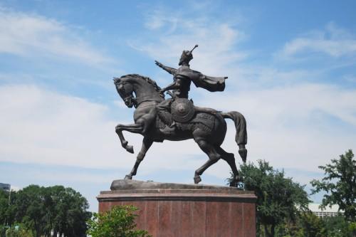 tash-amir-timur-monument