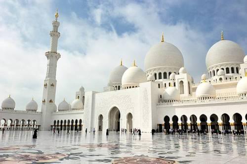 abu grand mosque