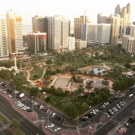 abu khalifa-park 2