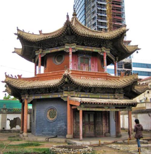 mon-choijin_lama_temple_museum-max-w1024h720
