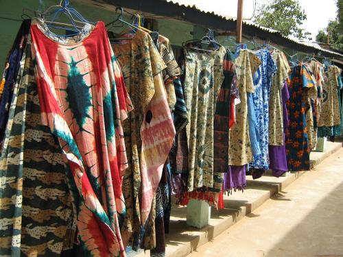 gambia serrekunda batik