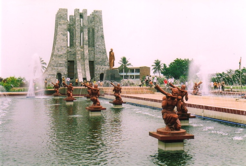 ghana Nkrumahs-mausoleum-is-surrounded-by-fountains-and-statues