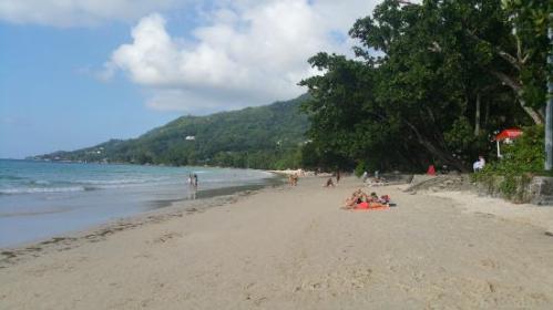 sey beau-vallon-beach