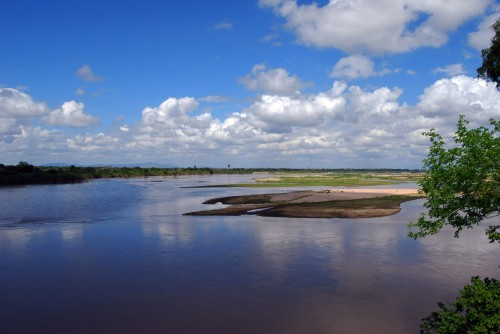 tan selous Rufiji_River,_Selous_Game_Reserve