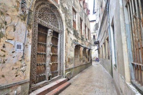 tan stone town