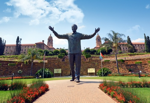 pret nelson_mandela_statue_union_buildings_pretoria