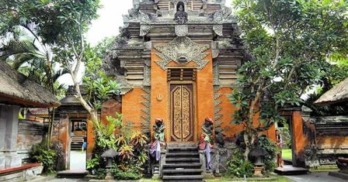 bali royal palace