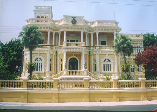 man palacio rio negro