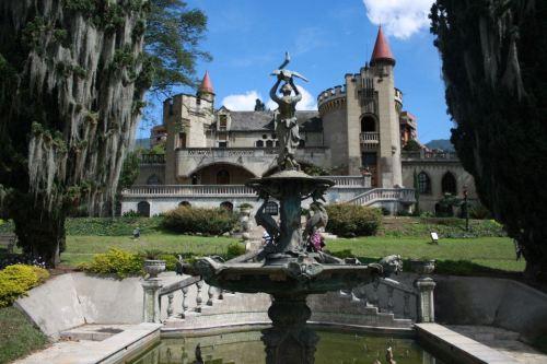 col el castillo