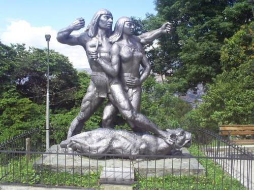 col nutibara sculpture park