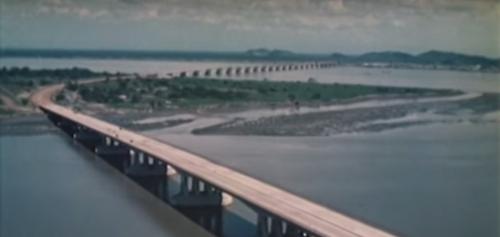 ecuador historico bridge