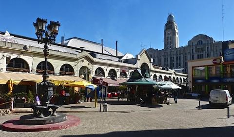 urg Mercado del Puerto-001