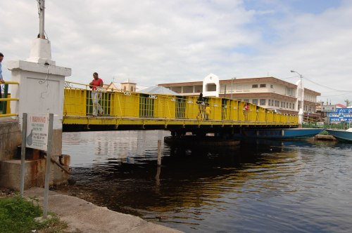 belize swing bridge