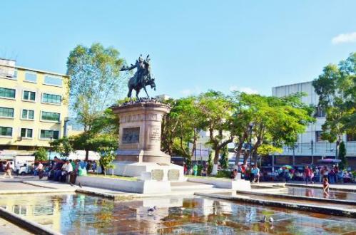 el plaza barrios