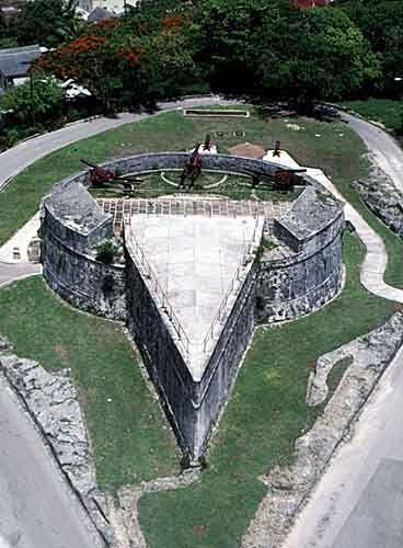 bahamas fort 2