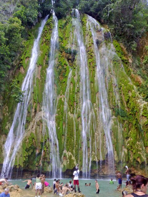 dom haitises waterfall