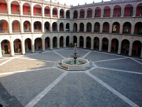 mexico palacio national courtyard