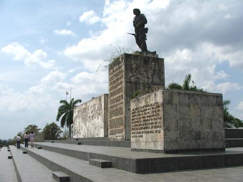 cuba santa clara monument