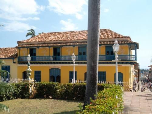 cuba trinidad plaza mayor casa alderman better