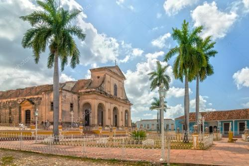 cuba trinidad plaza mayor holy trinity